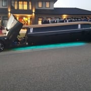 Gold 300C Limo