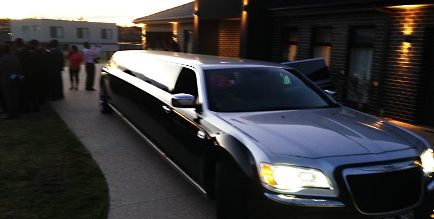 12 seter limo Chrysler 300